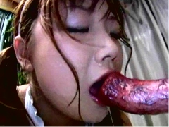 Asian schoolgirl trying zoo sex